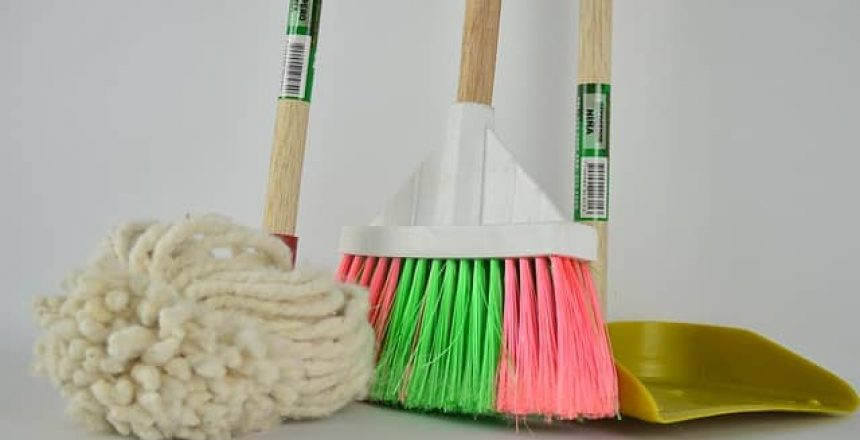 broom and cleaning supplies, Top Cleaning Supplies