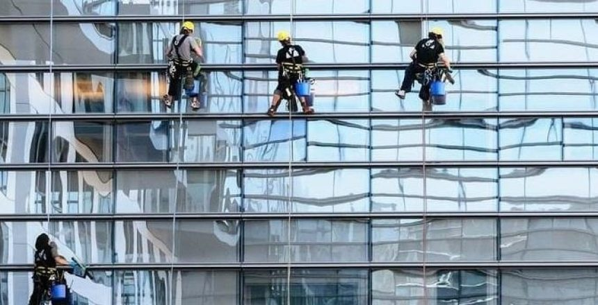 how to clean high window walls without scaffolding, Site Support Staff